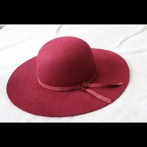 Old Navy Felt Floppy Hat